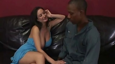 Black man satisfies busty mom