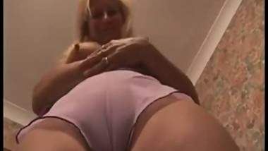 Sweet mom show her cunt