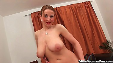 Moms with natural big tits collection 2