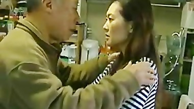 Japanese MILF enjoys hot sex part4