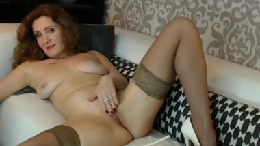 Sexual Milf squirt!