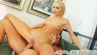 Milf Thing MILF Angelina has a new beauty routine with cum facials