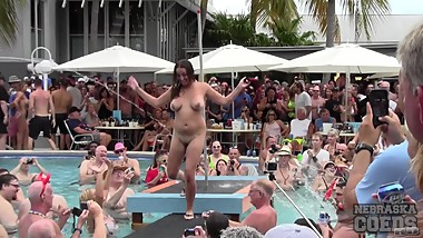 dantes hot swinger contest from last month at fantasy fest part 1