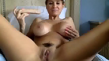 Big Boobs Mature MILF Dildoing Her Hairy Pussy