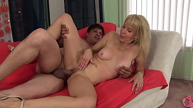 Sexy Granny Erica Lauren Gets her pussy pounded by youg stud and huge cock