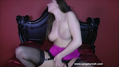 Paige Turnah - Bedroomfuck