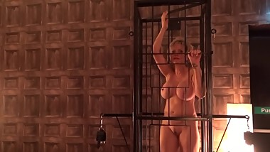 LADY SONIA Caged !