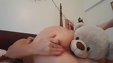 Horny Mommy makes her Teddy Bear eat her pussy squirt