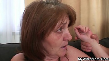 Horny son-in-law bangs granny after shower