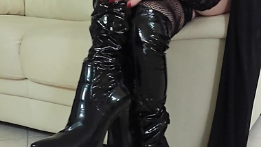 MILF SEXY NYLON STOCKINGS HIGH BOOTS